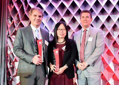 Dr. Gary Kobinger and Dr. Xiangguo Qiu | Principal Award